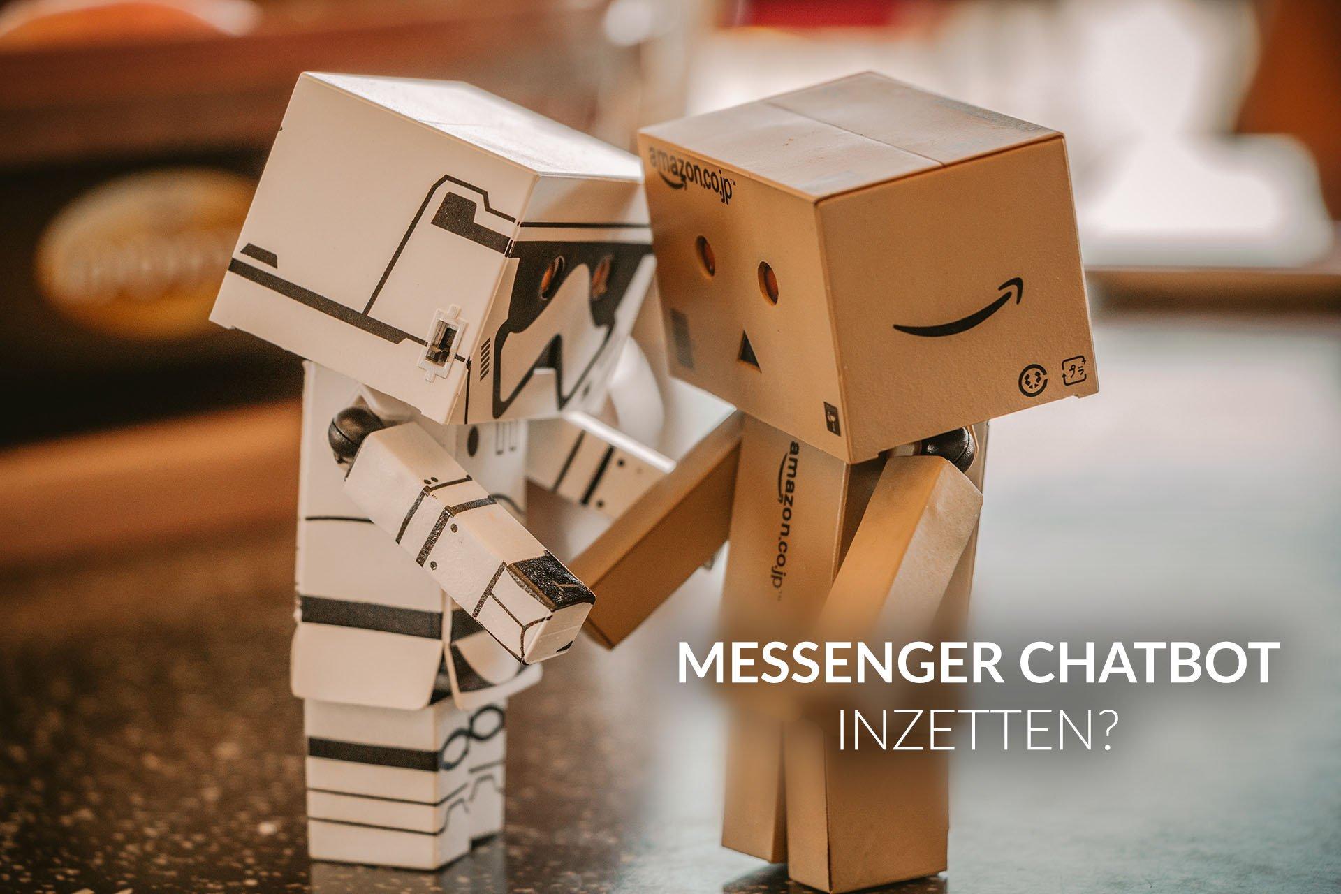 messenger chatbot inzetten interview - twee kartonnen chatbots